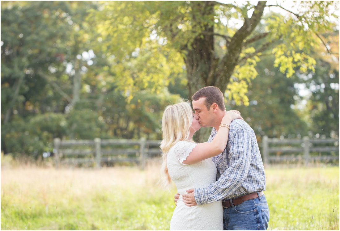Mountain_Lake_Pembroke_VA_Engagement_Laura_TJ (2)